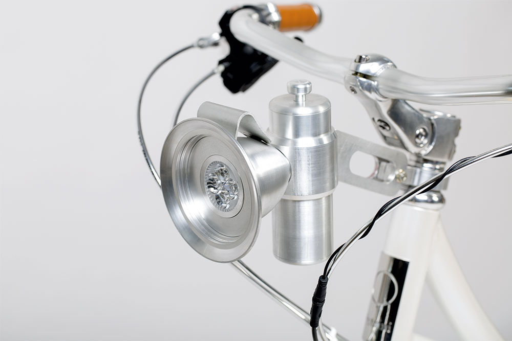 Petrini Cicli bici elettrica faro vintage